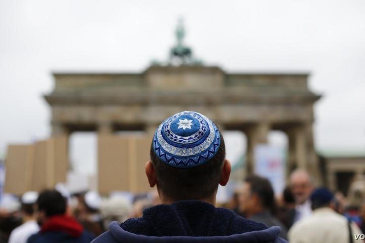 Az antiszemitizmus növekvő problémát jelent az európai zsidók számára
