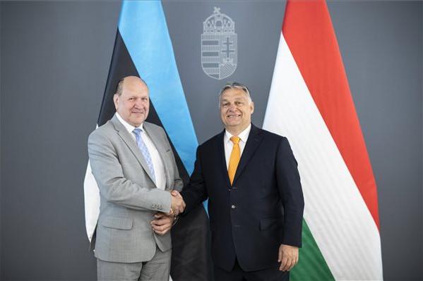 Orbán Viktor az észt miniszterelnök-helyettessel tárgyalt