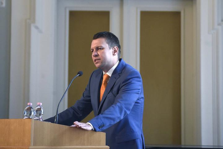 A kormány külpolitikájának sarokköve a külhoni magyarok melletti kiállás