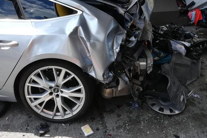 Magyar családot tarolt le a fizetőkapunál egy autó Horvátországban
