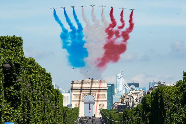 Európai vezetők is részt vettek a francia nemzeti ünnepen