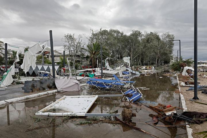 Turisták vesztek oda a görög viharokban