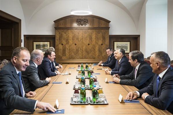Orbán Viktor az Audi igazgatótanácsának elnökével tárgyalt