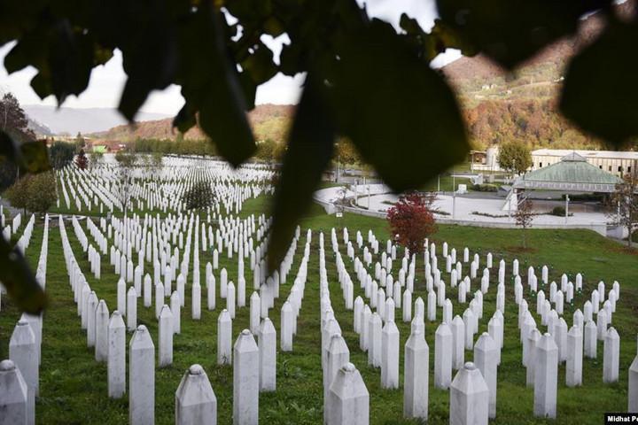 Jogerős: A holland állam részben felelős a srebrenicai mészárlásért