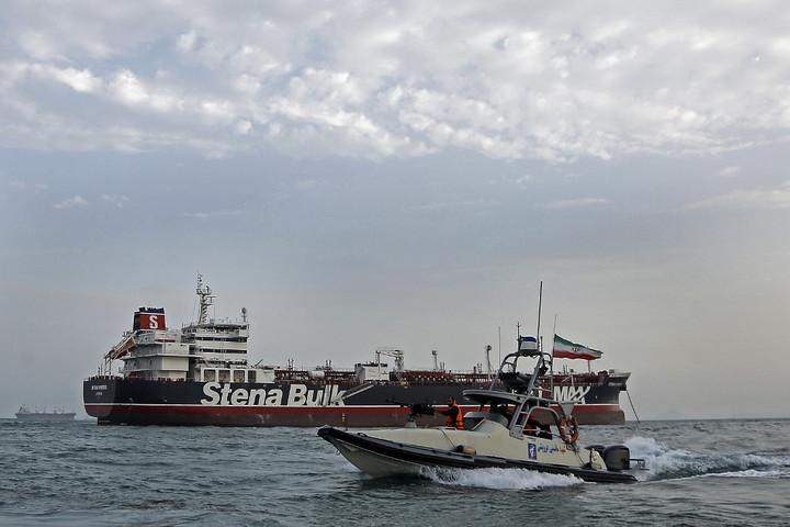 London cáfolja Irán állításait a lefoglalt tartályhajó ügyében
