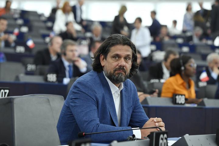 Fidesz: Tisztességes választásokat Ukrajnában!