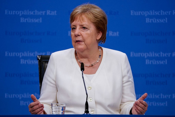 Merkel szerint nem egyszerű a koalíción belüli helyzet