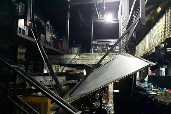Beomlott egy szórakozóhely a vizes vb-n, sportolók is megsérültek