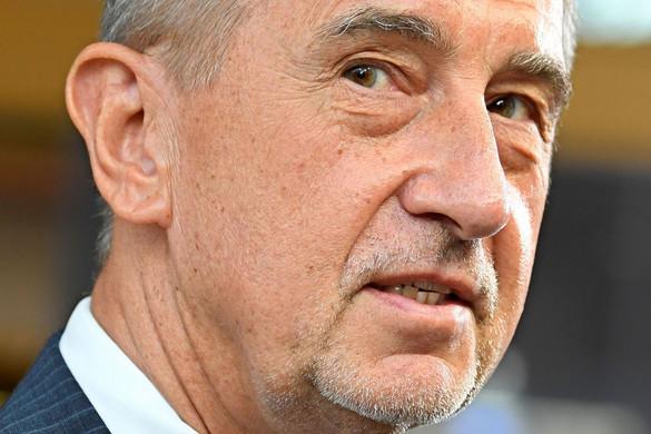 Leállt az Andrej Babis elleni eljárás
