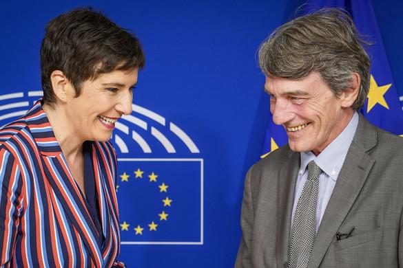 Milliókkal fizették Brüsszelből Gyurcsányné kampányát