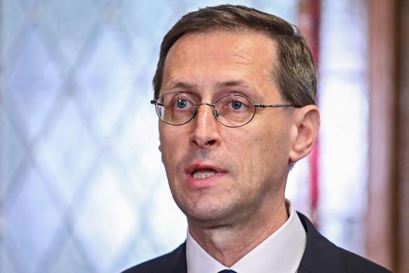 Varga Mihály: Új magyar brandeket kell felépíteni