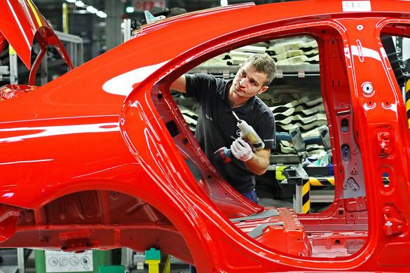 Az uniós átlagnál kisebb mértékben esett vissza a magyar járműipar teljesítménye