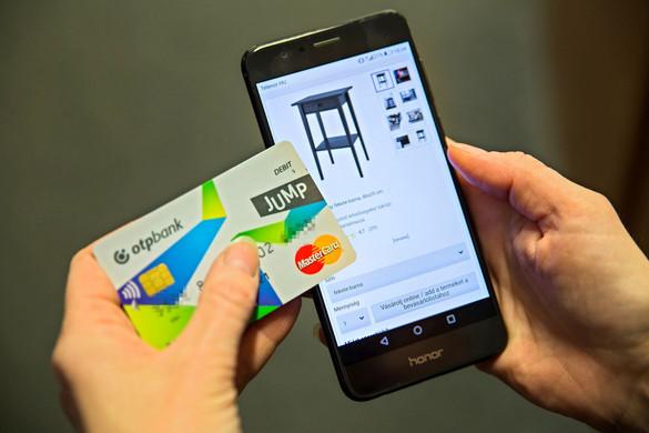 Mobilfizetés válthatja a bankkártyát
