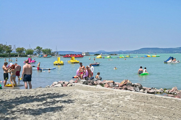Nem éri meg a Balaton helyett a horvát tengerpartra utazni