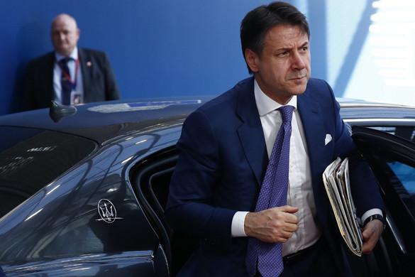 Bejelentette lemondását Giuseppe Conte