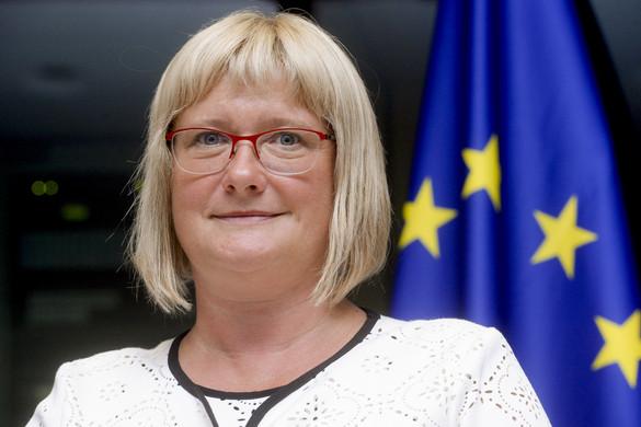 Fidesz-KDNP: Elfogadhatatlan, hogy megkönnyítenék az Afrikából Európába történő migrációt