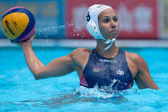 Vízilabda: Kiütéses győzelemmel kezdte az olimpiai selejtezőt női válogatottunk