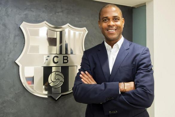 Patrick Kluivert visszatér a Barcelonához