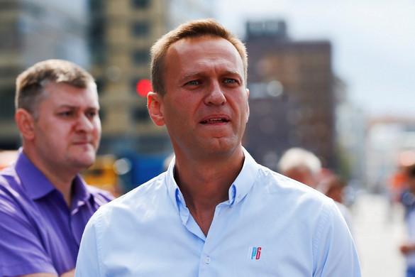 Navalnij munkatársai szerint mérgezett volt a vizespalack a tomszki szállodában