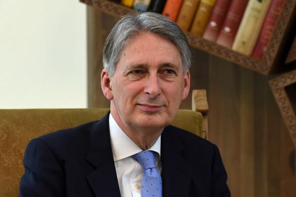 Lemond a brit pénzügyminiszter, ha Johnson lesz a miniszterelnök