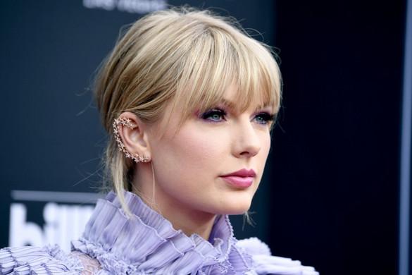 Taylor Swift vezeti a legjobban kereső hírességek listáját