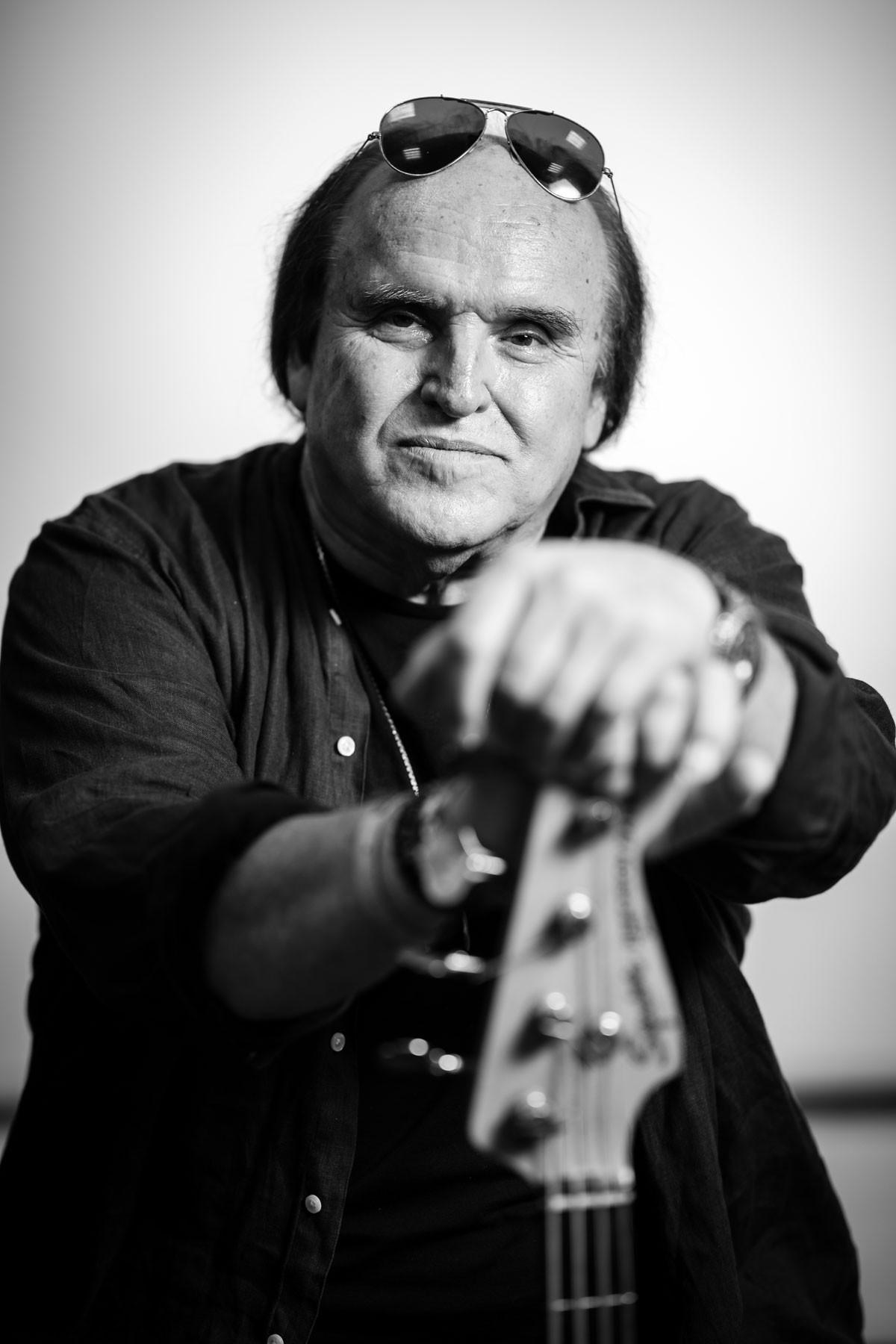 Frenreisz Károly: Szerintem a zenészember a szabadság hírnöke, aki önfeledten muzsikál, és nem érdekli semmi más