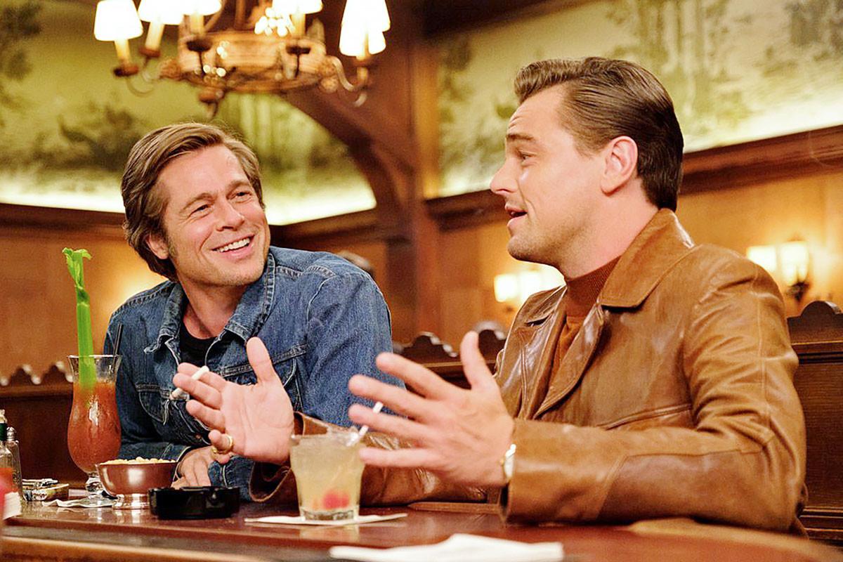 Arcok az 1960-as évek álomgyárából: Cliff Booth (Pitt) és Rick Dalton (DiCaprio)