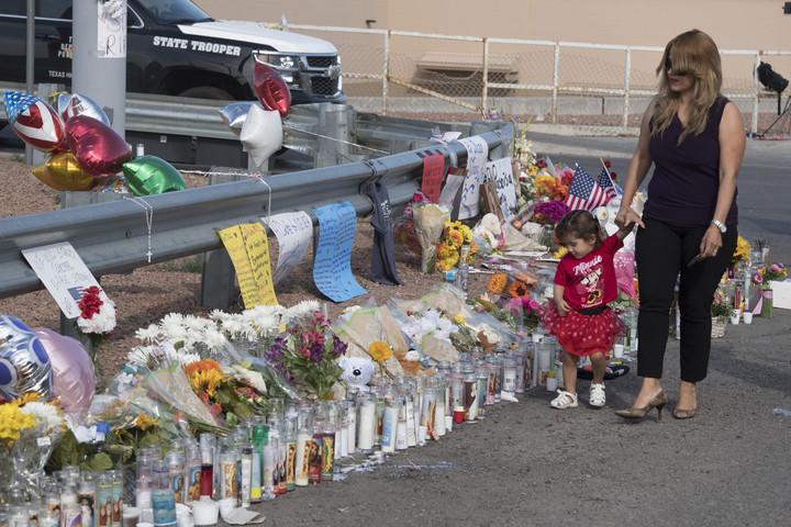 Emelkedett az El Pasó-i merénylet halálos áldozatainak száma