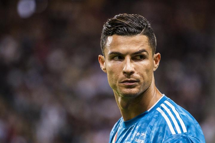 Cristiano Ronaldo a karanténból üzent a világnak