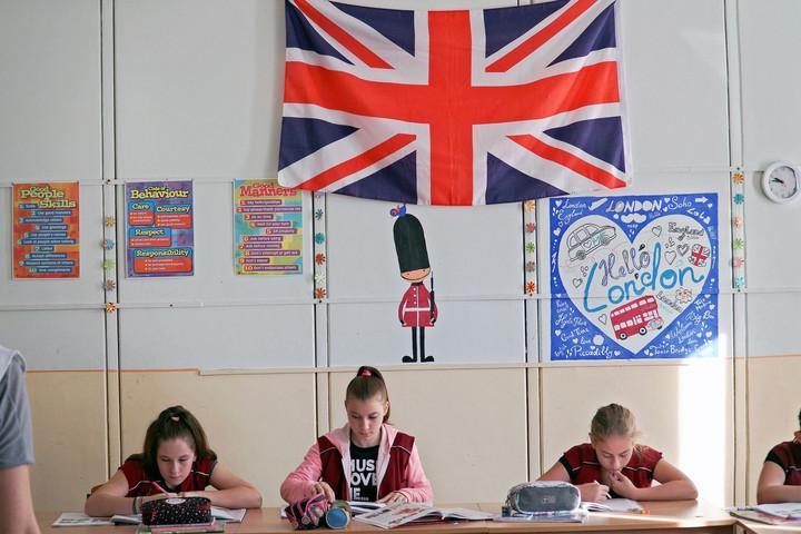 Idegen nyelvi program: felmérik az iskolák igényeit