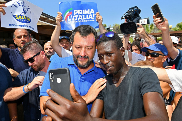 Salvini megállítására szövetkezik a baloldal