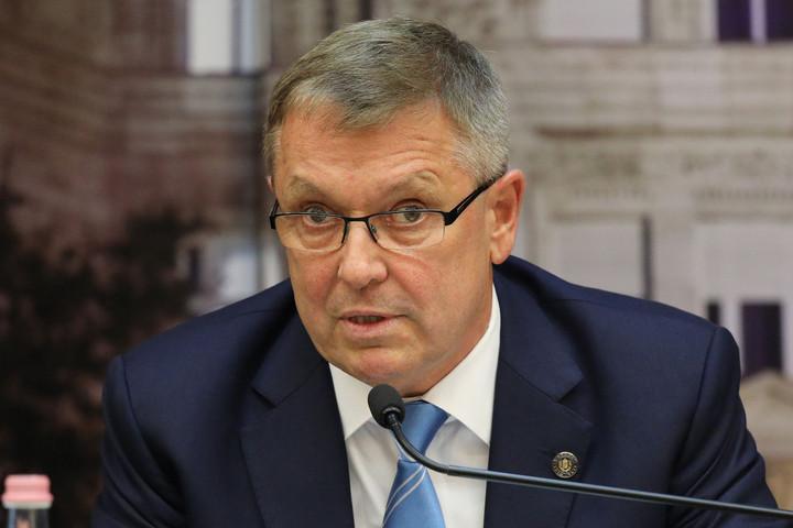 A versenyképes egészségügyről tartott előadást Matolcsy György