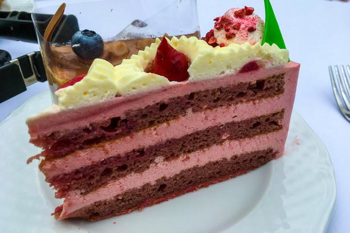 Jönnek Magyarország tortái