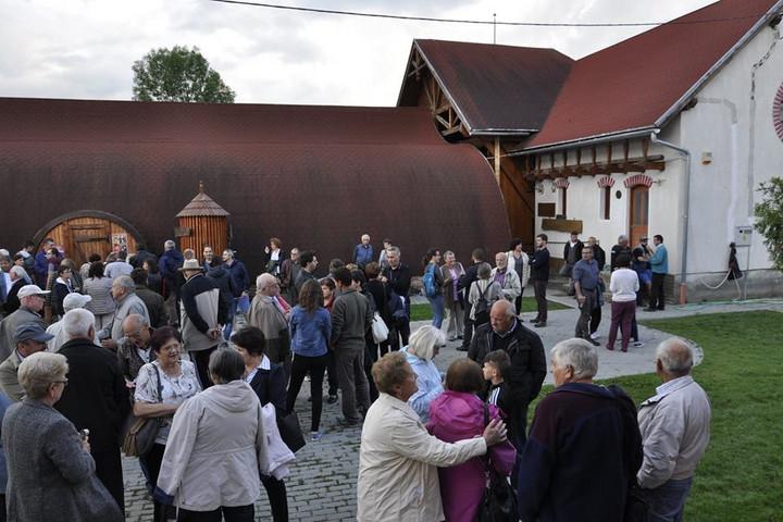 Szabadegyetemet rendeznek az erdélyi Mikházán