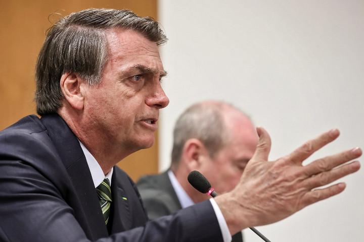 Bolsonaro: Brazília elfogadja a G7-gyorssegélyt, ha Macron visszavonja a sértéseit