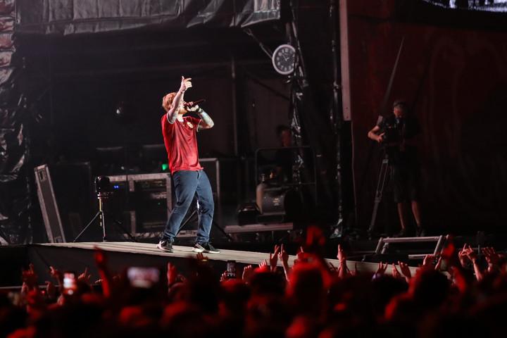 Pánikoló tömeg Ed Sheeran koncertjén