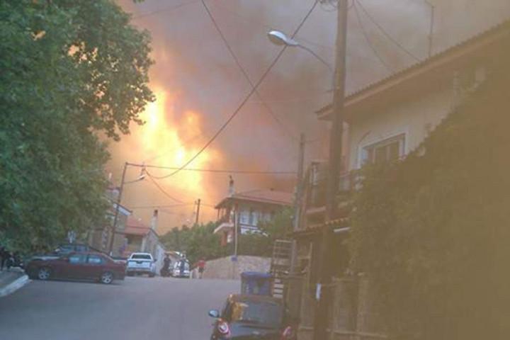 Újabb tüzek pusztítanak Görögországban