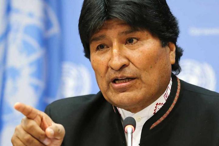 Vádat emeltek Evo Morales volt bolíviai elnök ellen