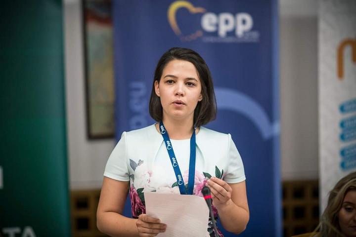 Újabb magyar alelnök a Néppárt diákszervezetében