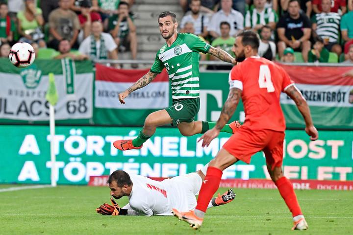 A nyár eddigi legfontosabb meccse előtt a Fradi elengedte a gólkirályát