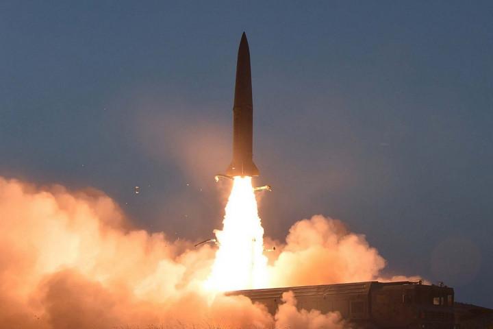 Új rakétarendszert tesztelt Észak-Korea