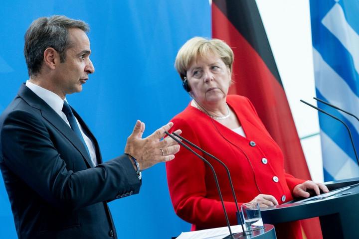 Merkel: Távol van a fenntartható és igazságos megoldás az EU menekültügyi rendszerének ügyében