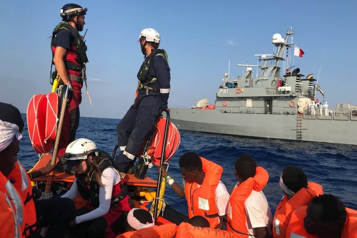Az Ocean Viking utasai partra szálltak Máltán