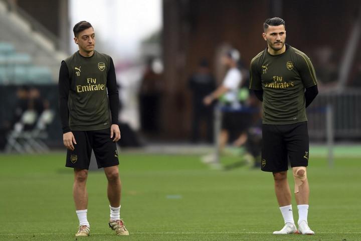 Napi 24 órás védelmet kap Özil és Kolasinac