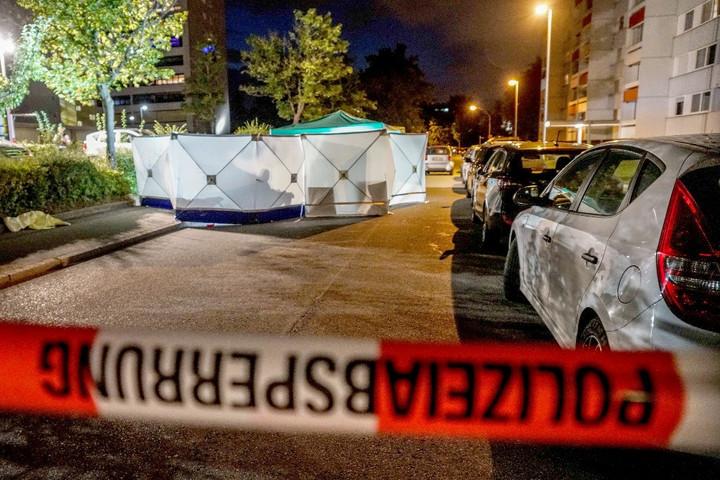 Elhallgatta a német közszolgálati híradó a stuttgarti szamurájkardos gyilkosságot