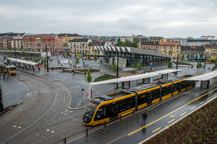 A Széll Kálmán térre költözik a Széna téri autóbusz-állomás