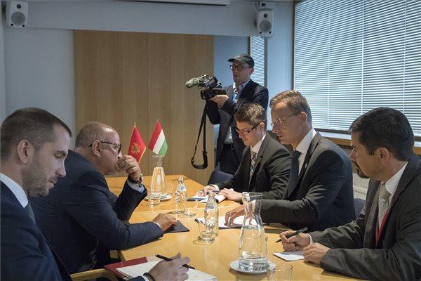 Szijjártó: A jelenlegi Európai Bizottság vakvágányra vitte az EU bővítését