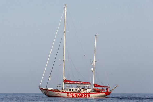 Olasz felségvizekre ért a Proactiva Open Arms szervezet hajója
