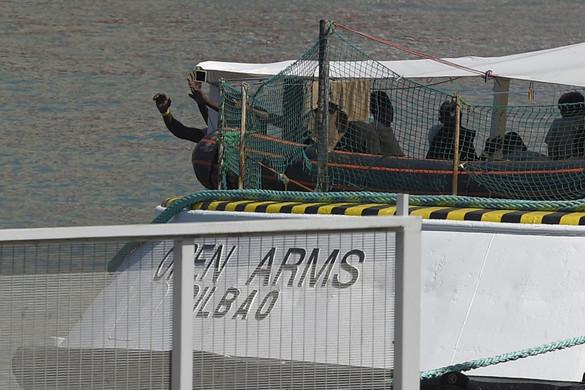 Spanyolország engedélyezi az Open Arms kikötését