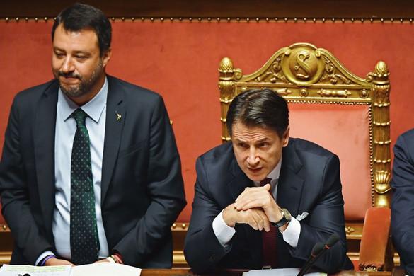 Érthetetlen Giuseppe Conte pálfordulása